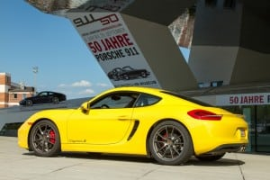 Cayman in front of museum