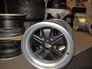 "1 set 8"" & 9"" x 15 wheels"